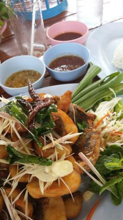 Udon Miang Pla Pao