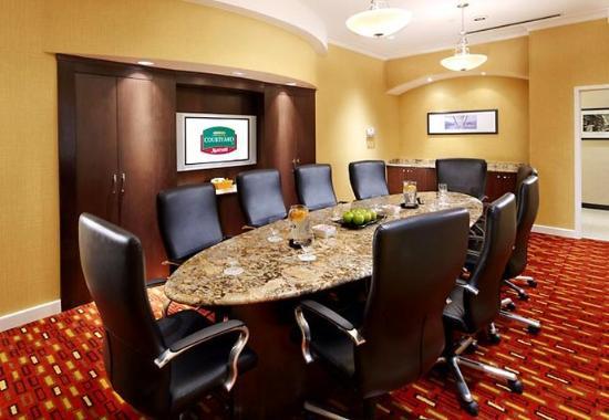 Homestead, PA: Executive Boardroom