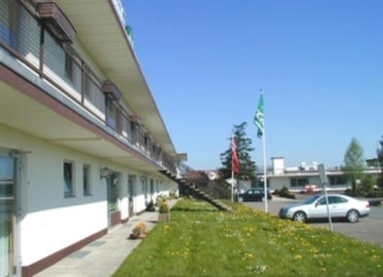 Airfield hotel bewertungen fotos ganderkesee deutschland for Airfield hotel ganderkesee