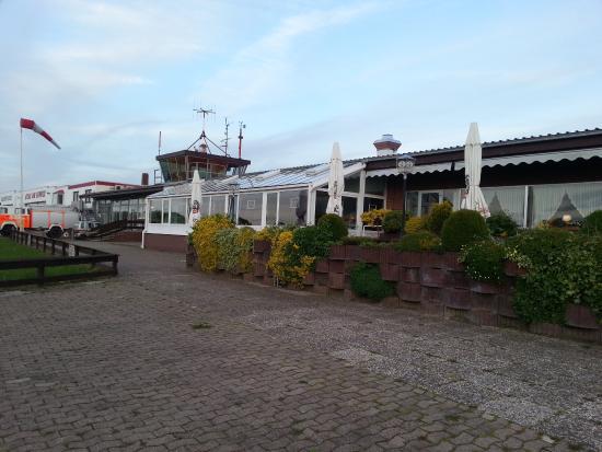 Airfield hotel bewertungen fotos ganderkesee for Airfield hotel ganderkesee