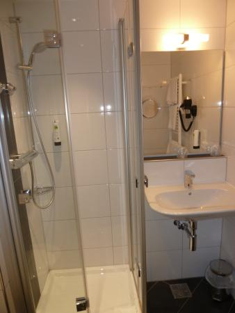 Pleinfeld, Alemania: Dusche/Toilette