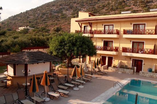 Cactus Village Hotel & Bungalows
