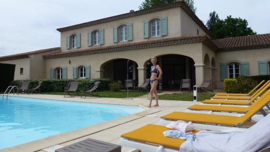 Hotel La Bastide Saint Martin: Nice pool but not heated !