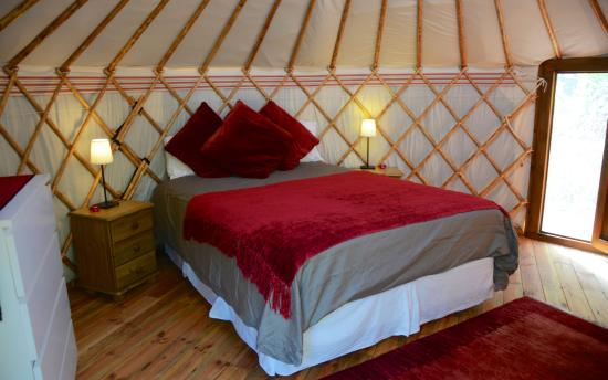 Genalguacil, Spanje: Orange Yurt