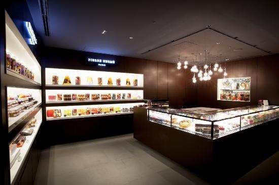 Pierre Herme Paris Boutique