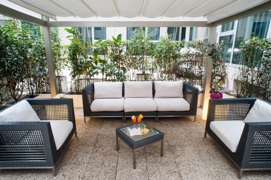 Best Western Premier Hotel Royal Santina : Patio
