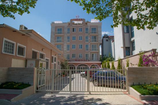 Dilo Hotel