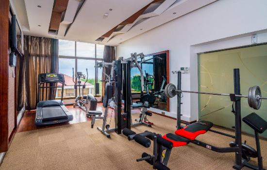 Best Western Plus Peninsula Hotel: Fitness Centre
