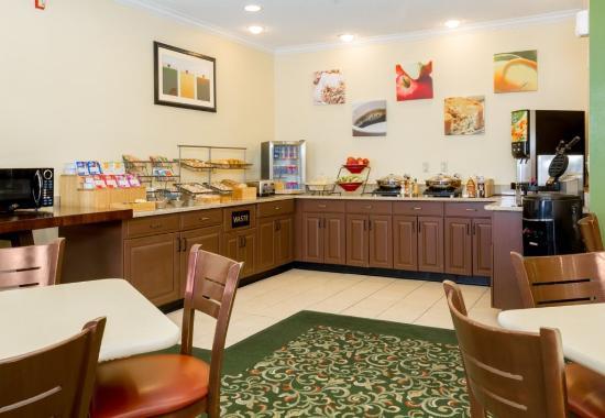 Fairborn, Ohio: Breakfast Area