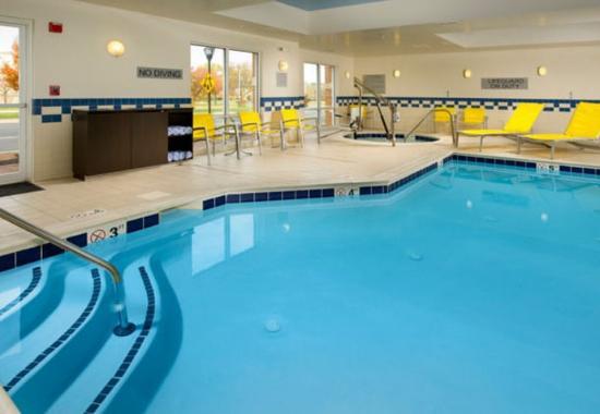Germantown, Μέριλαντ: Indoor Pool & Whirlpool