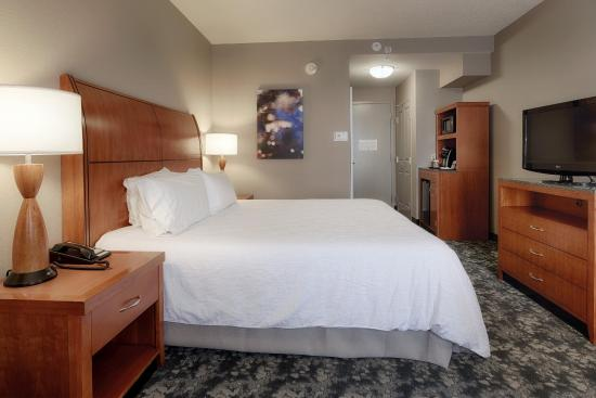 Twinsburg, OH: King Bed