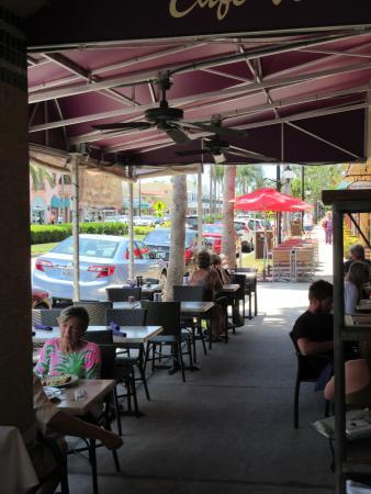 Cafe Venice: Exterior View