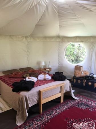 Shaftesbury, UK: yurt interior