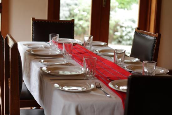 Amani Gardens Inn : Dining at Amani Gardens