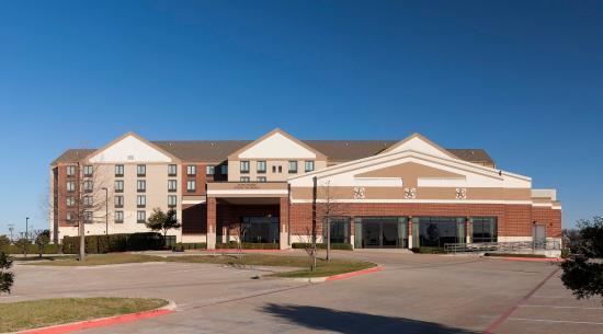 Duncanville, TX: Hotel Exterior
