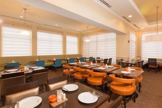 Hilton Garden Inn Jacksonville Airport: Dining Area