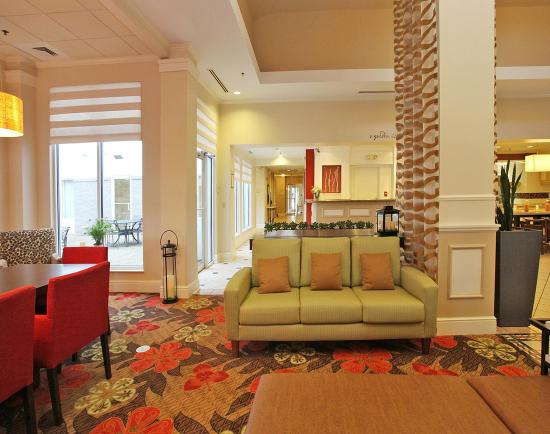 Chesterton, Индиана: Modern Lobby