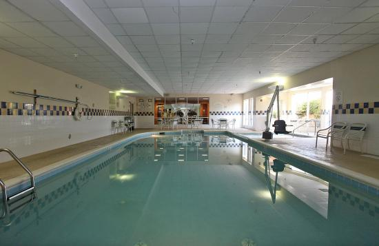Chesterton, IN: Hotel Pool