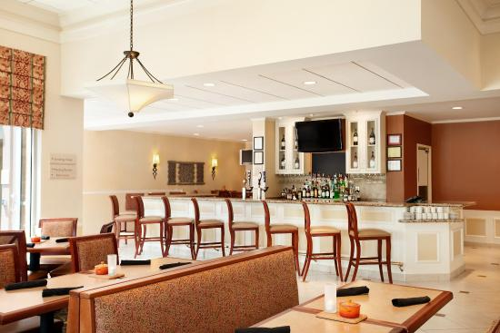 Hilton Garden Inn Harrisburg East: Restaurant Seating