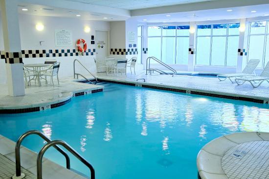 Westbury, estado de Nueva York: Indoor Heated Pool