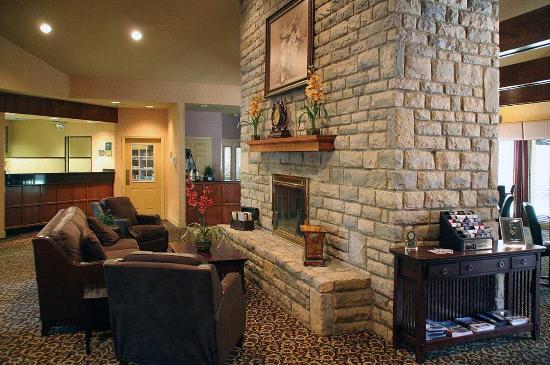 Homewood Suites by Hilton Columbus / Worthington: Lobby