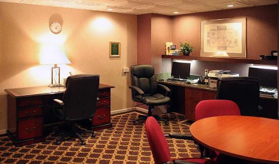 Homewood Suites by Hilton Columbus / Worthington: Business Center