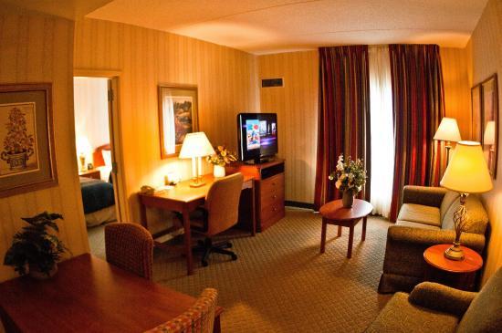 Lansdale, Pensilvanya: Suite Room Overview