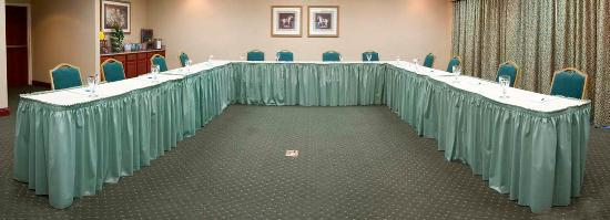 Homewood Suites by Hilton Lexington :  U-shape Setup