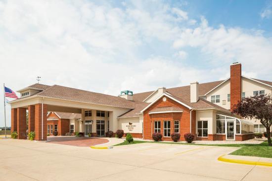 Homewood Suites by Hilton Toledo-Maumee