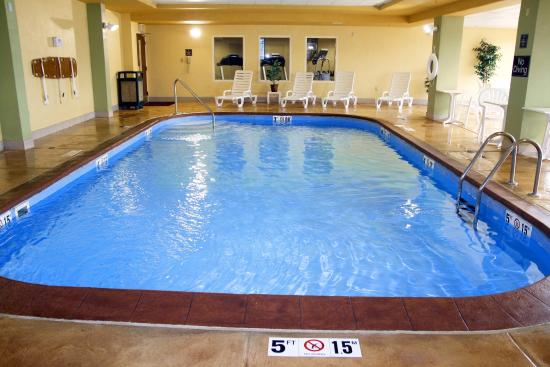 Hampton Inn Princeton: Indoor Pool