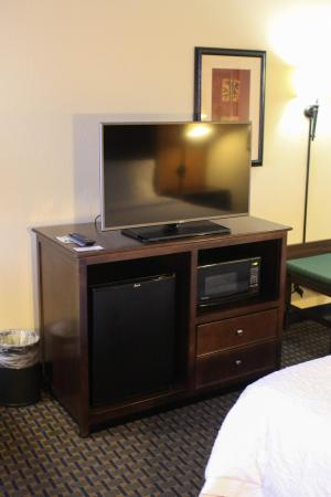 Hampton Inn Princeton: Queen Amenities