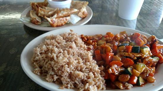 Uncle Chien's Chinese and Thai Restaurant