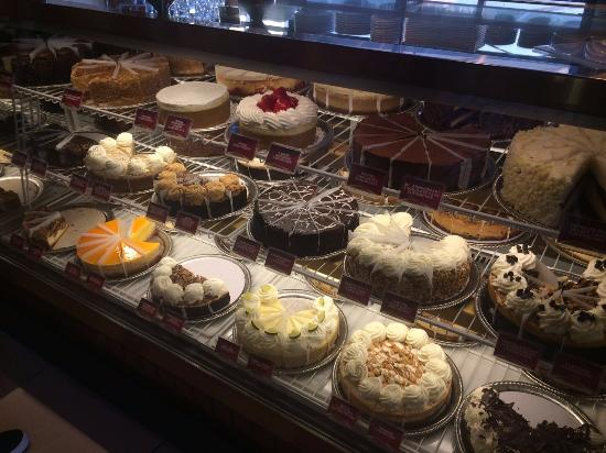The Cheesecake Factory : Decisions