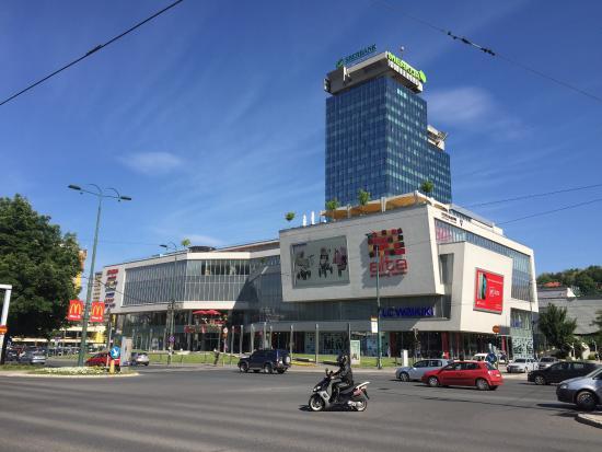 Alta Shopping Center