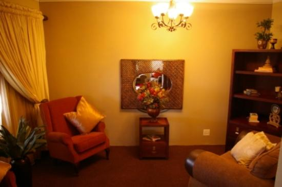 Interior - Picture of Bella Bonni Guest House, Emalahleni - Tripadvisor