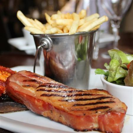 Easingwold, UK: Bacon Chop