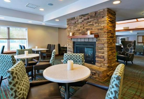 Stanhope, Нью-Джерси: Breakfast - Seating Area