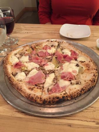 Champaign, IL: POMODORINI pizza