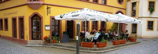 Zur Schlosswache: Im Herzen der historischen Torgauer Altstadt. Sie Sollen hier einfühlsam umsorgt sein.