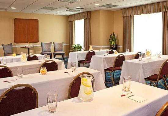 Woburn, MA: Meeting Room