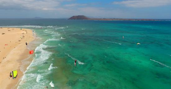 Flag Beach Windsurf & Kitesurf Centre: Flagbeach seen from the sky