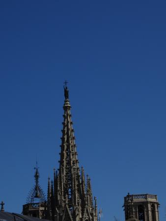 Catalonia Catedral: Cathedral spire from our terrace.