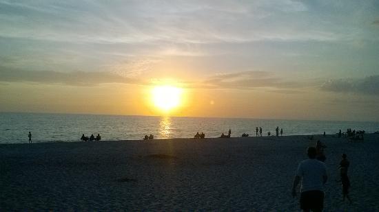 South Venice, ฟลอริด้า: sunset at the beach
