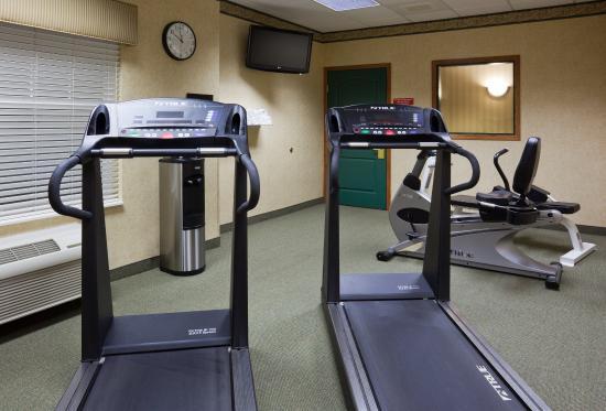CountryInn&Suites Albertville FitnessRoom