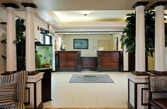 Homewood Suites by Hilton Boston/Andover: Front Desk/Lobby Area