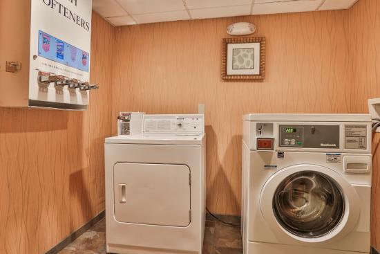 Σάουγκους, Μασαχουσέτη: Laundry Facility