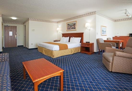 Saint Croix Falls, WI: Rest and Relax in an Executive Suite