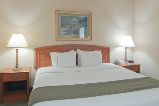Greensburg, IN: King Bed Guest Room