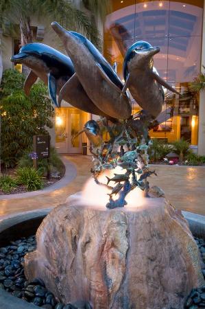 Dolphin Bay Resort & Spa: Waverider Patio
