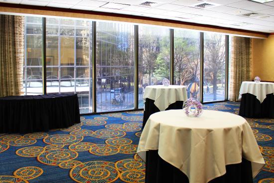 Omni Charlotte Hotel: Pomodoro Room